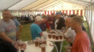 Øl på bordet